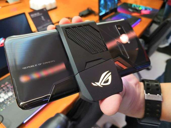ASUS ROG Phone Specification and Price, With All Accessories